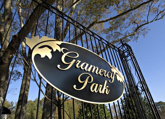 wrought_iron_gates_Gramercy_Park5