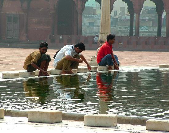 ceremonial-bathing-inside