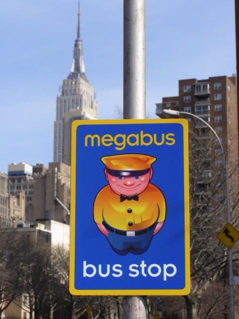 megabus_com_sign[0]