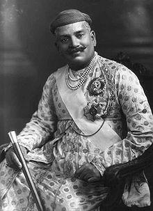 220px-Sayajirao_III_Gaekwad,_Maharaja_of_Borada,_1919