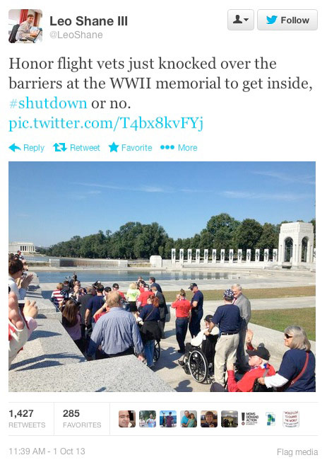 wwii-memorial-protest