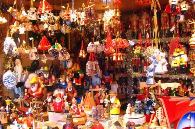 Christmas+Market+Vienna1