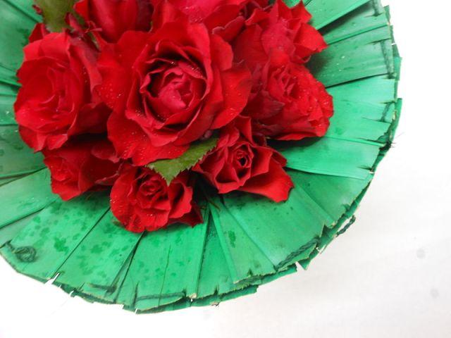 800px-Valentines_day_flowers