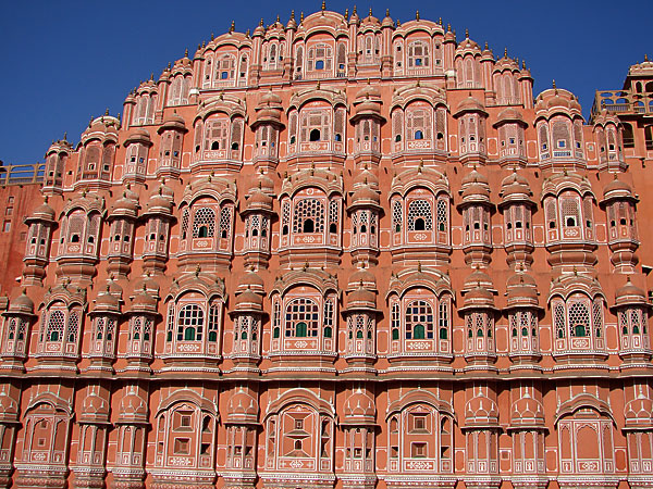 hawa-mahal-wind-palace-jaipur-india
