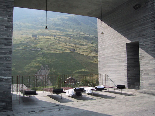 700_spa-zumthor-valser-chairs