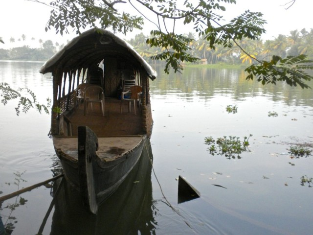 Kerala-Backwaters-Tour-Boat-1024x768