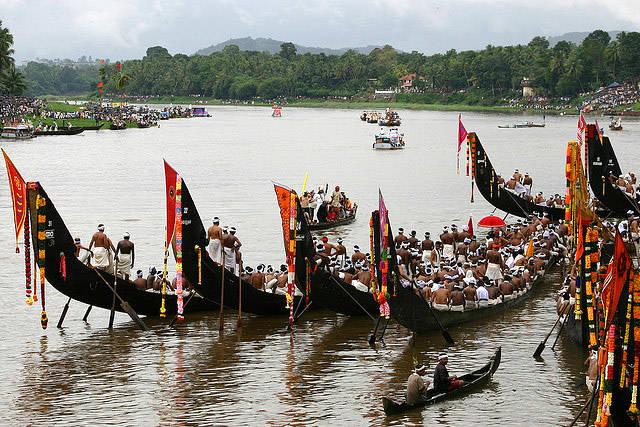 snake-boats-kerala