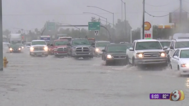 1378779763-9-9-13-GOOD-EVENING-ARIZONA-RAIN-FLOODING-6P