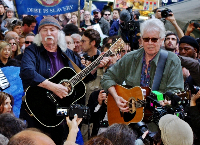 David_Crosby_Graham_Nash_Occupy_Wall_Street_2011_Shankbone (1)