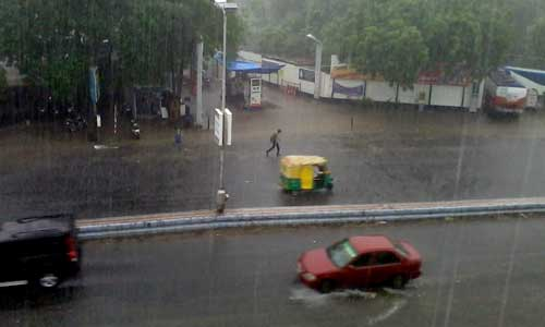 1372931229_1372927716_ahmedabad-rain