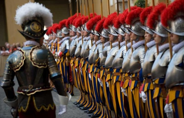 swiss-guard-reviewing