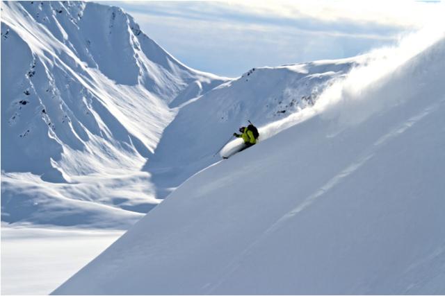 Tordrillo-Mountain-Lodge-Skiing-3